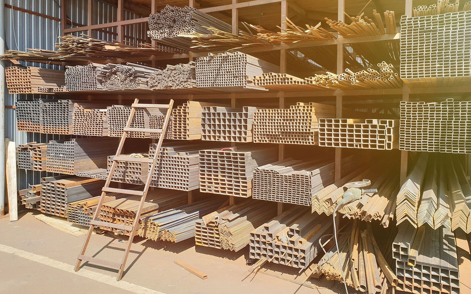 How Builders Look For An Edge: Surviving Supply Chain Limbo